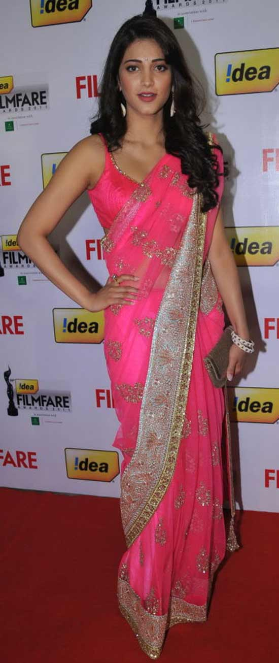 Shruti-Hassan-In-Pink-Net-Heavy-Worked-Saree