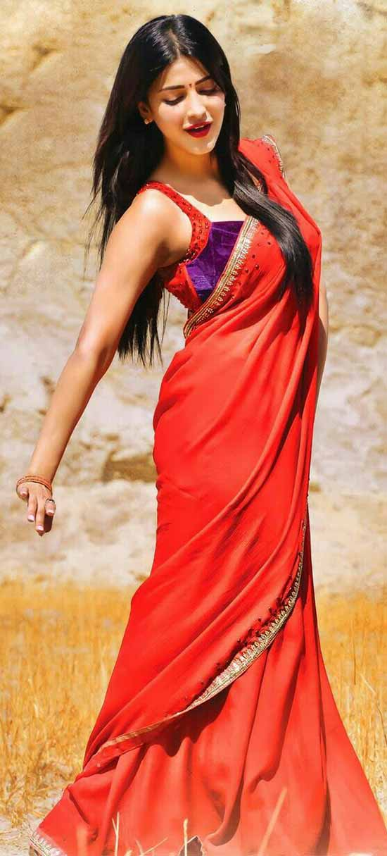 Shruti-Hassan-In-Red-Saree