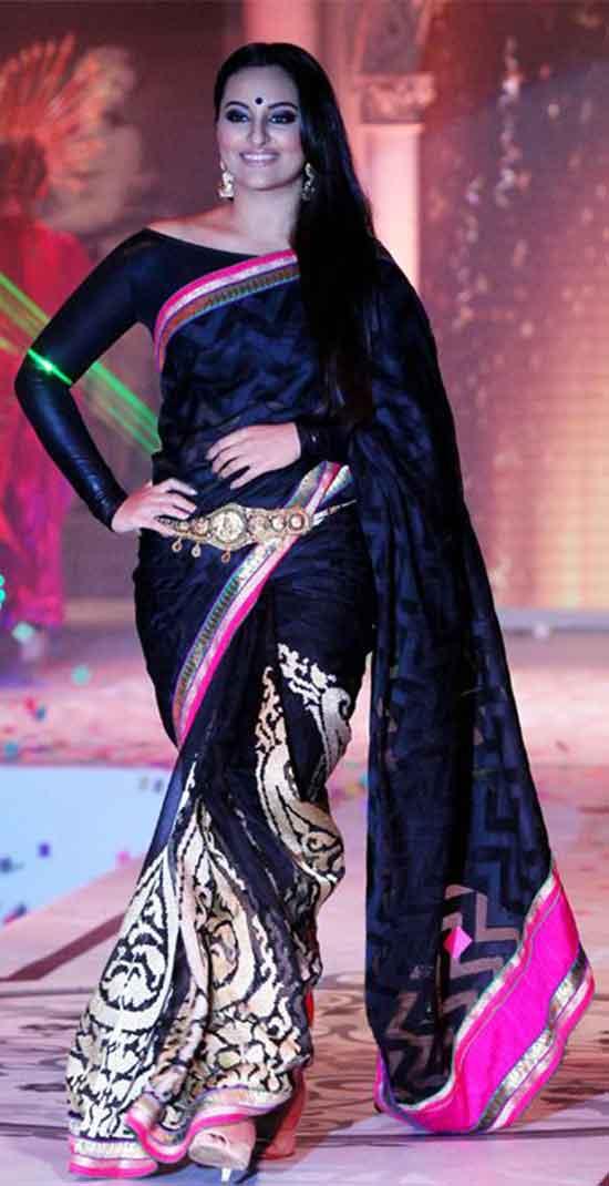 Sonakshi-Sinha-In-Black-Designer-Saree