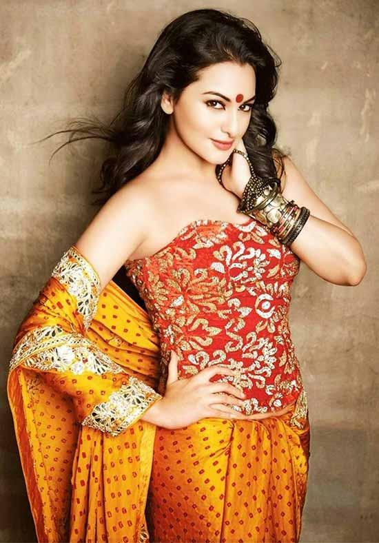 Sonakshi-Sinha-In-Orange-Saree-With-Croset-Blouse