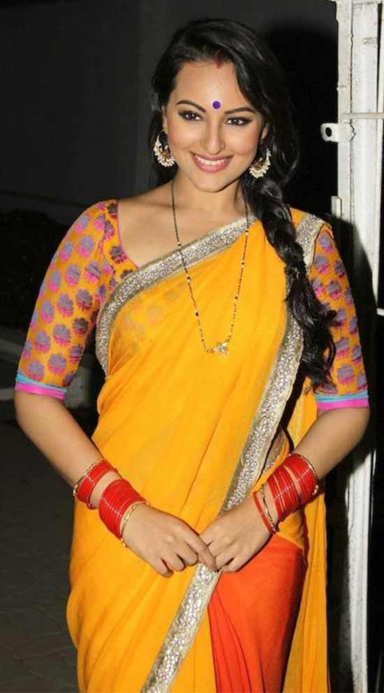 Sonakshi-Sinha-in-a-Tantalizing-Tomato-and-Yellow-Saree