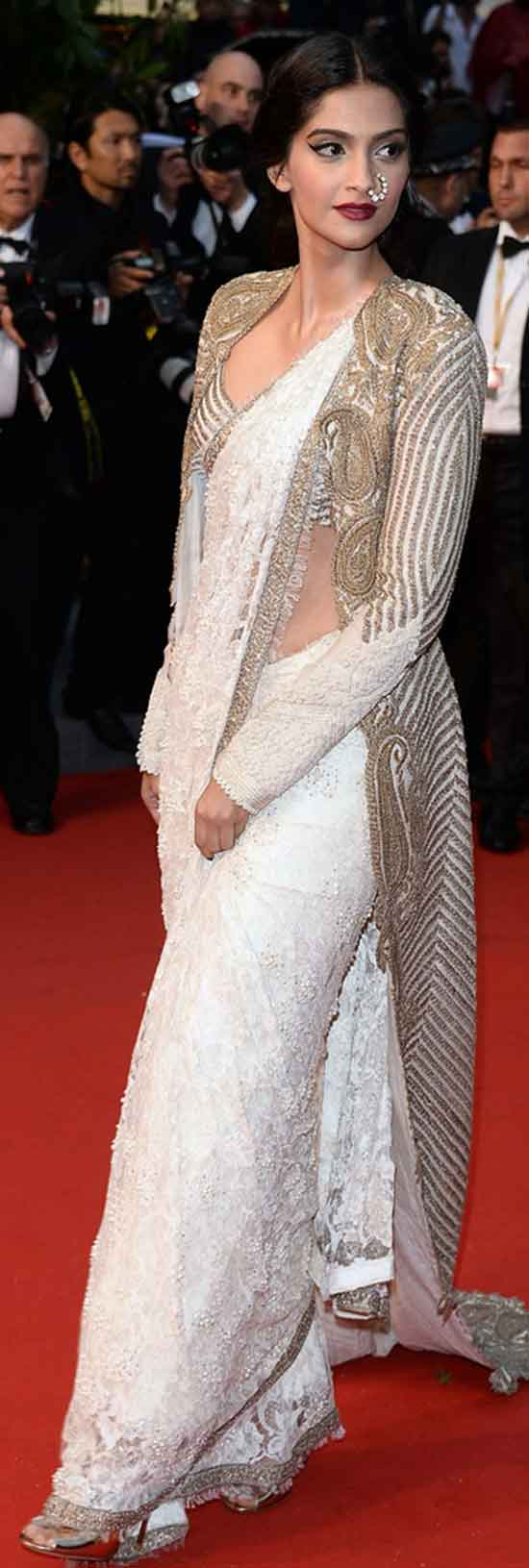 Sonam-Kapoor-at-Cannes-In-Anamika-Khanna-Saree