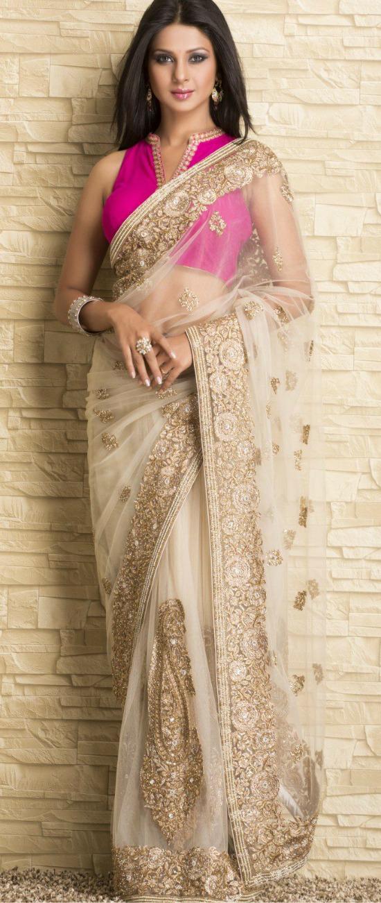 Jennifer Winget In Beautiful Beige Net Saree