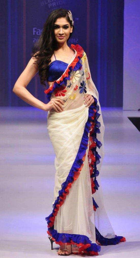 Edging White Sari Blue Satin border and Red Bunched Border