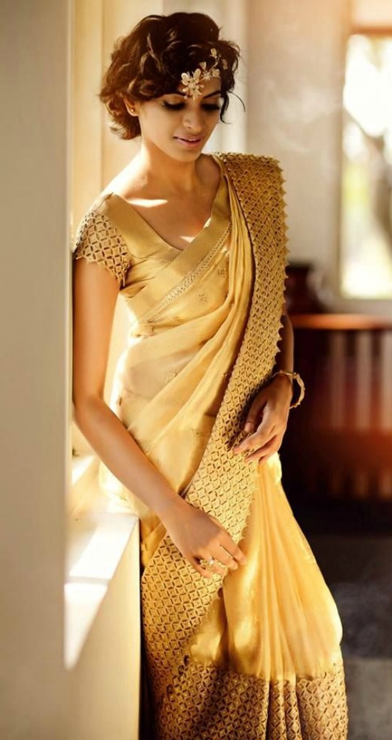 Custom Border On A Gold Bridal Silk Saree