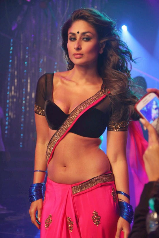 Kareena Kapoor Hot In Low Waist Pink Saree