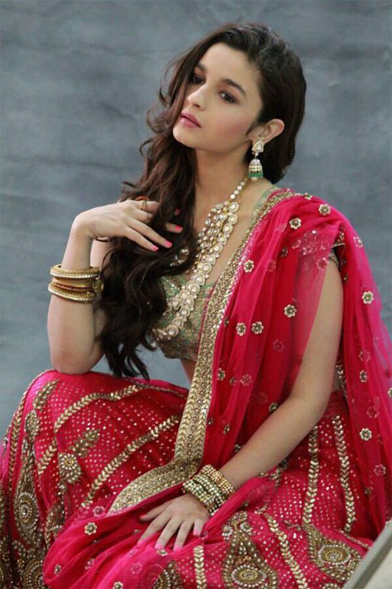 Alia-Bhatt-In-Red-Saree