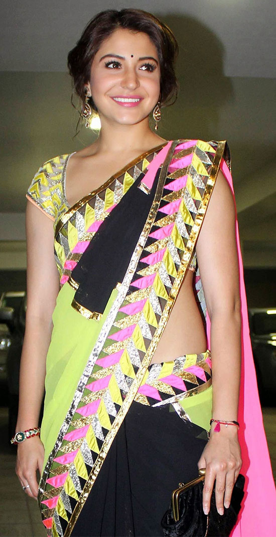 Anushka-Sharma-Looks-Gorgeous-In-Multicolor-Saree