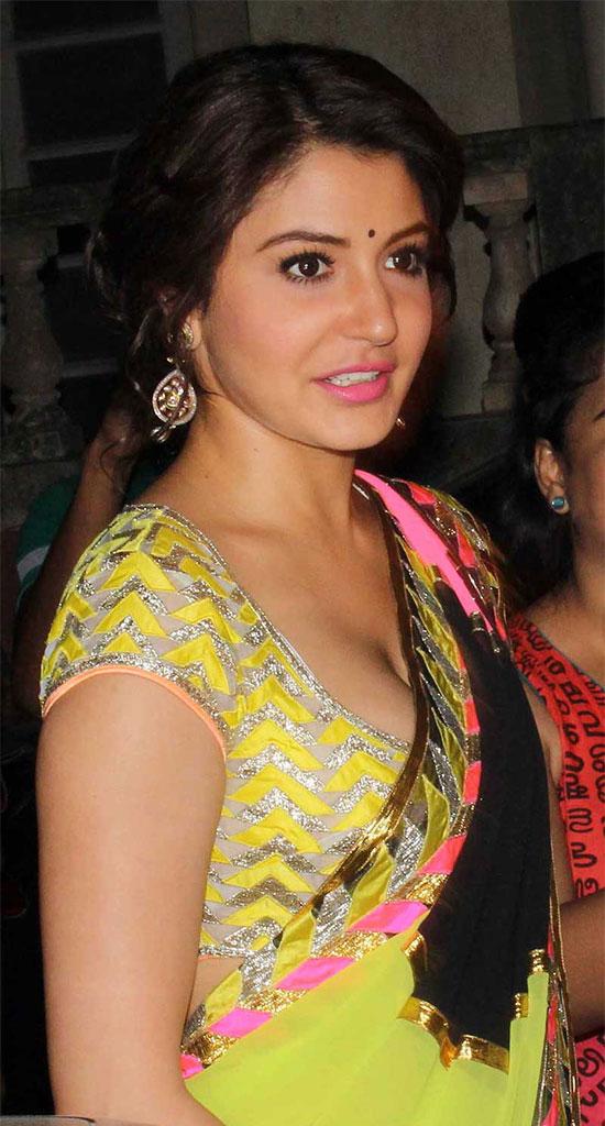 Anushka-Sharma-yellow-Saree