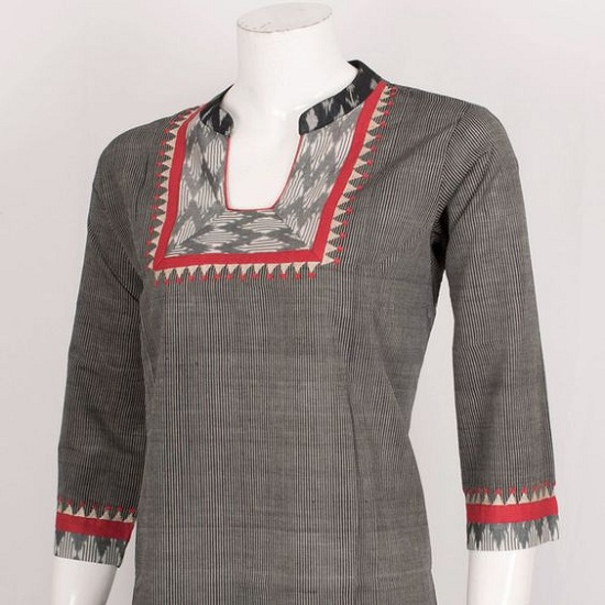 Cotton Kurta With Collar Neck Design