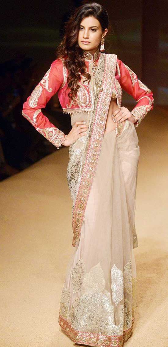 Embroidered-Saree-With-Full-Sleeve-Red-Jacket