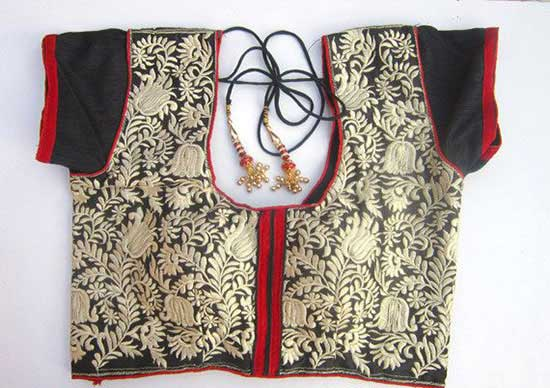 Embroidery-Blouse-with-red-piping--Designer-saree-Blouse