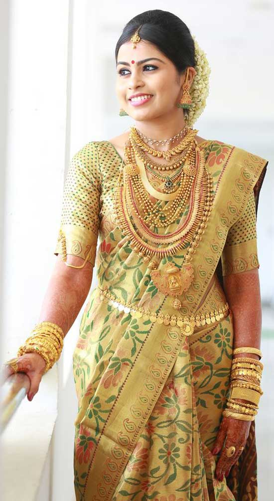 Gold-Indian-bridal-jewelry