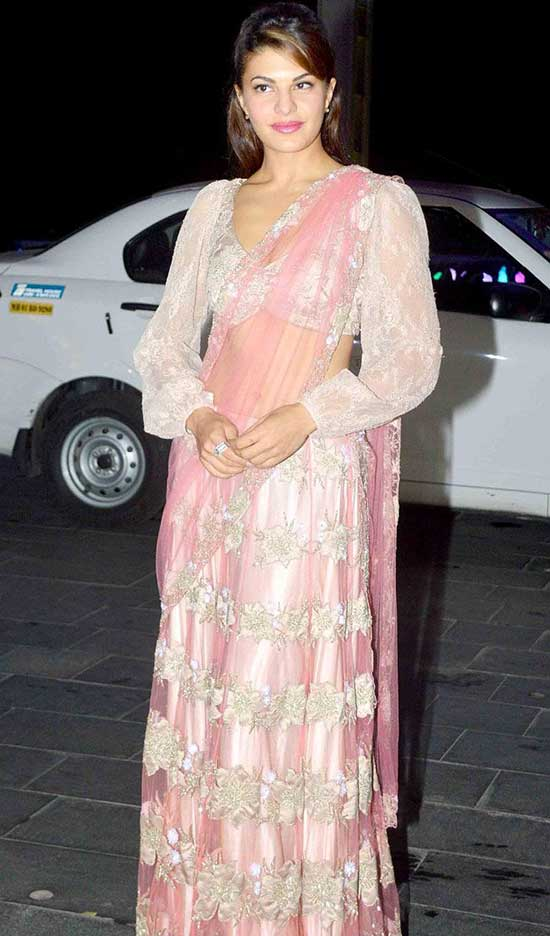Jacqueline Fernandez In Peal Pink Net Floral Embroidery Saree