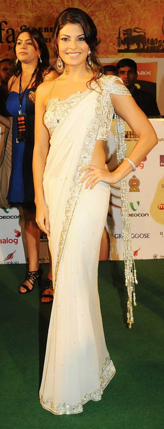 Jacqueline Frenandez In White Saree By Manav Gangwani