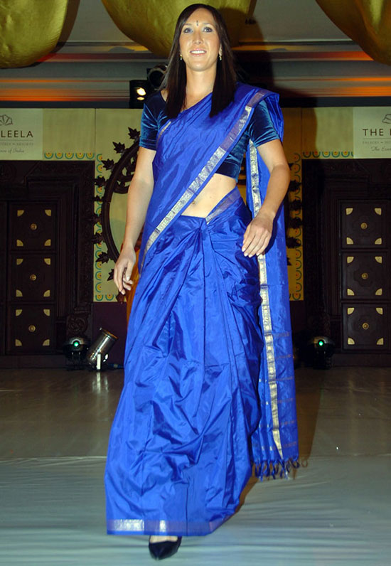 Jelena Jankovic Walks The Ramp In Blue Saree