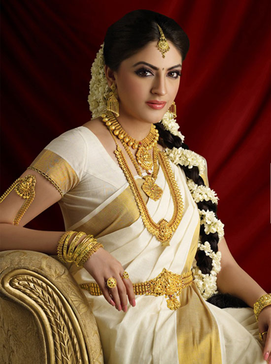 Kerala wedding Saree and hairstyle