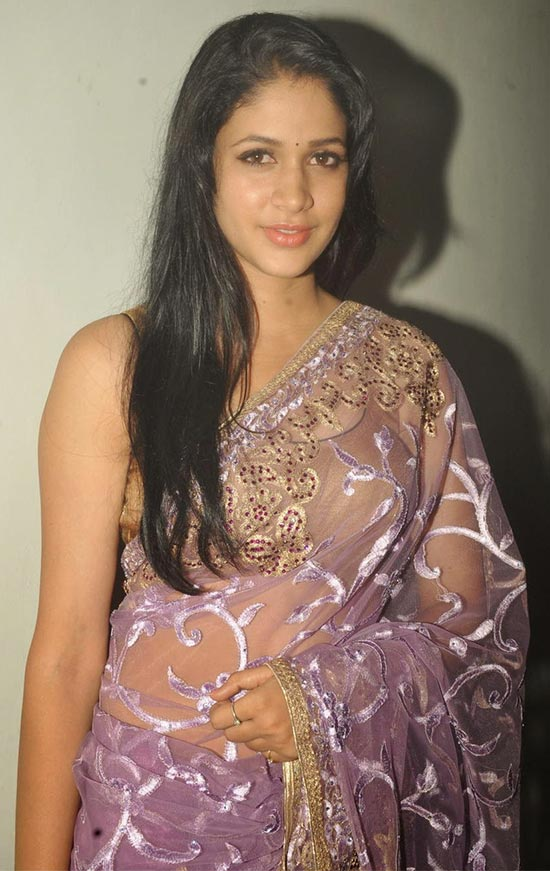 Lavanya-Tripathi-In Violet Saree