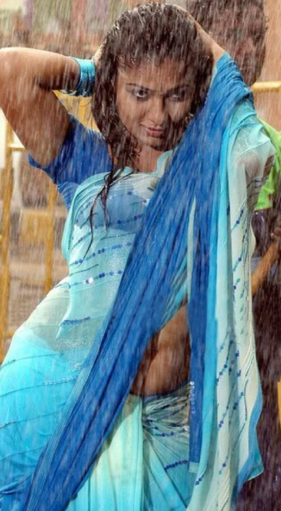 Nayantara In light blue Saree
