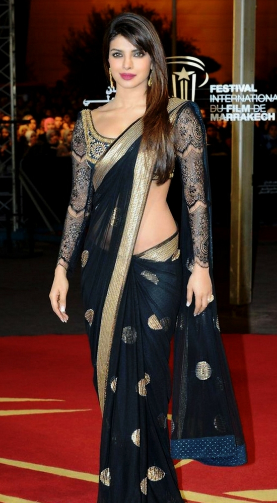 24 Trendy Pics of Priyanka Chopra In Saree