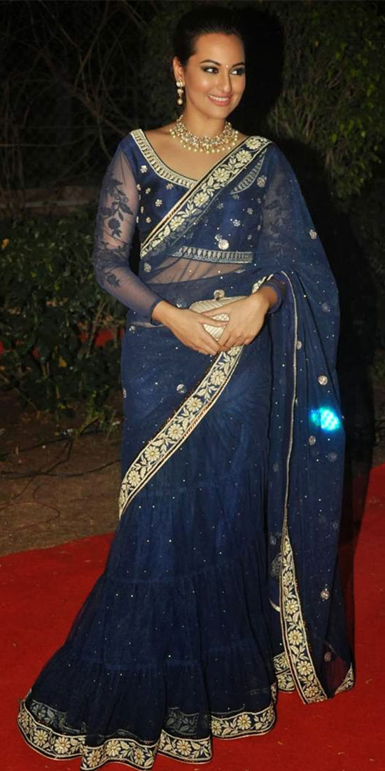 Sonakshi-Sinha-Embroidery blue saree In Saree