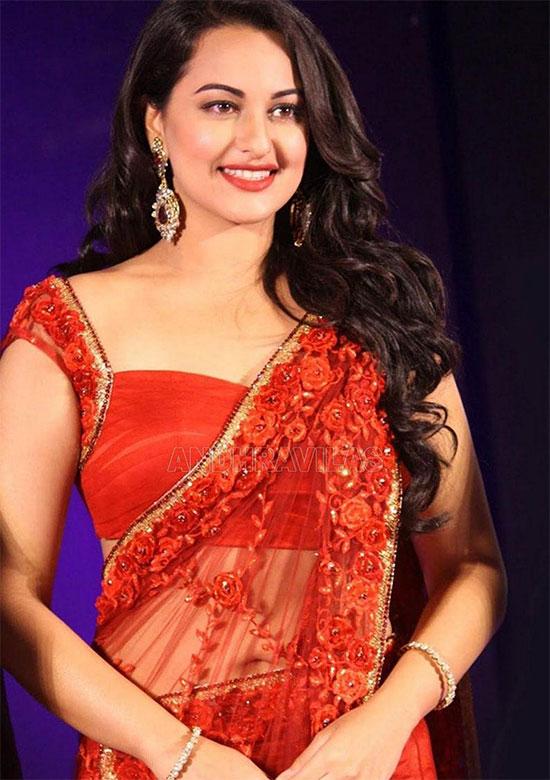 Sonakshi-Sinha-In Red Saree