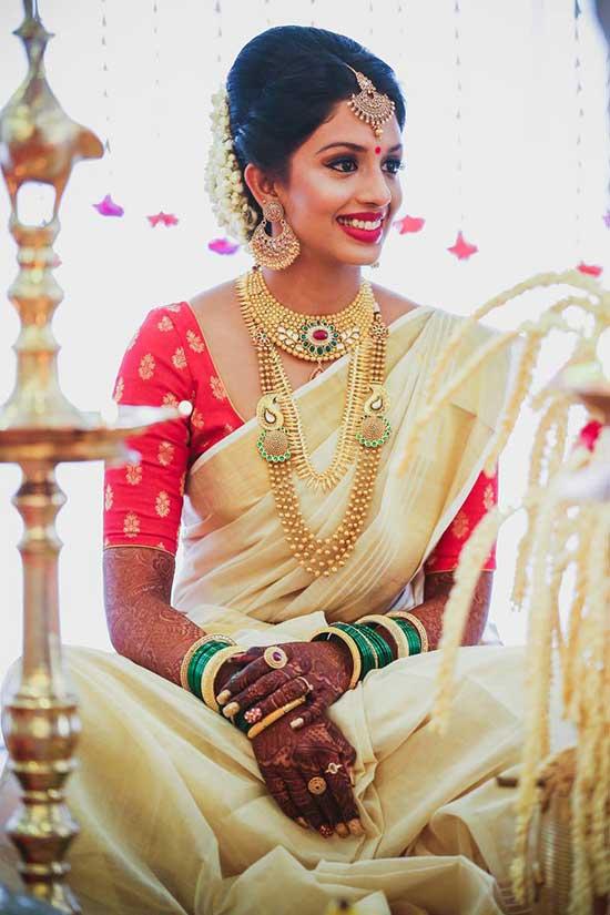 Bride Saree In Kerala