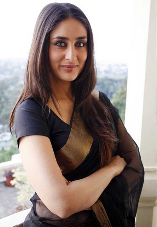 kareena in black chanderi saree