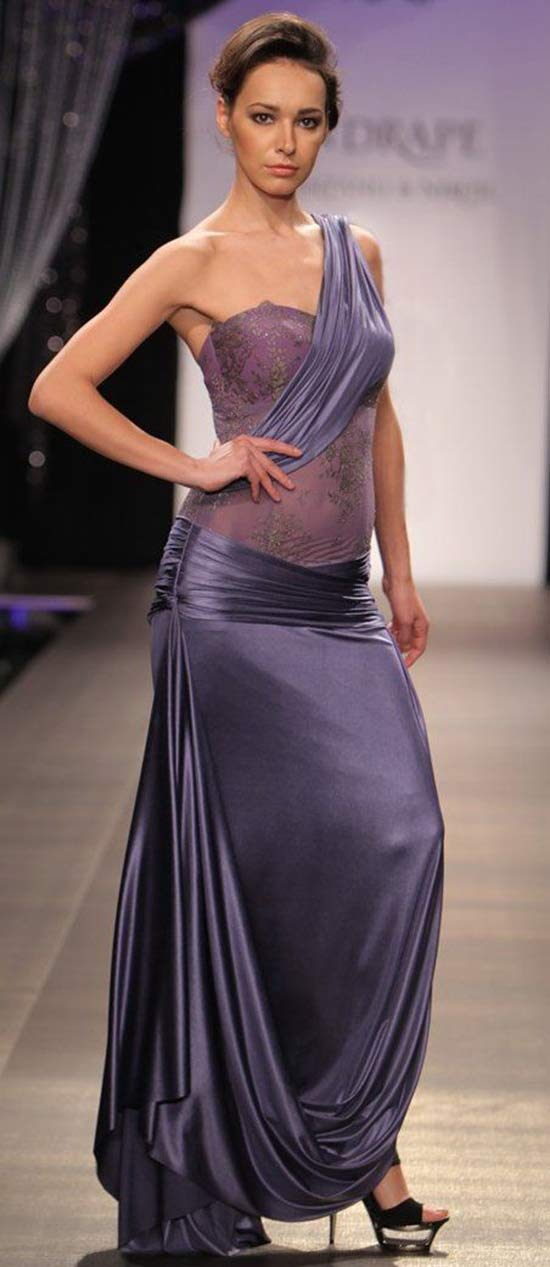 Deep Lavender Sari Gown with Lace Blouse by Shantanu and Nikhil