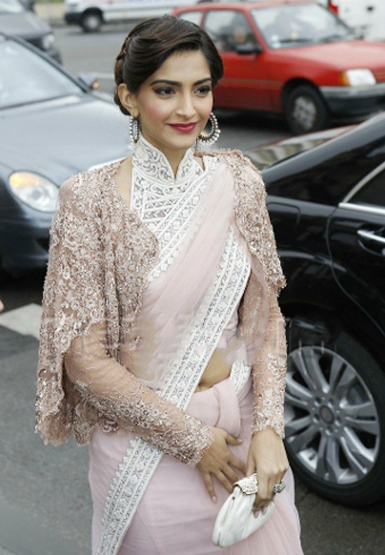 9 Sonam Kapoor Replica Net Pink Designer And Party Wear Saree