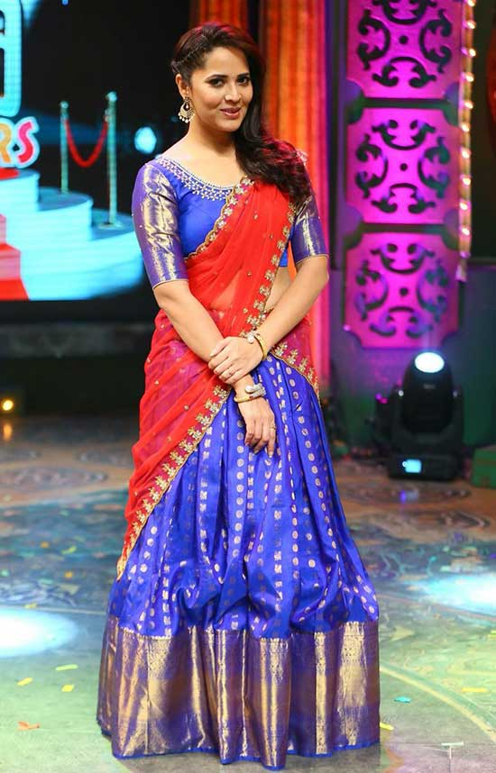 Anasuya in royal blue kanchi silk lehenga with red embroidery dupatta