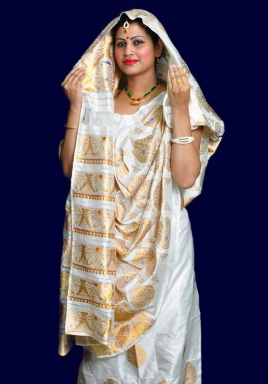 Assam Bride Wearing Cream Color Saree