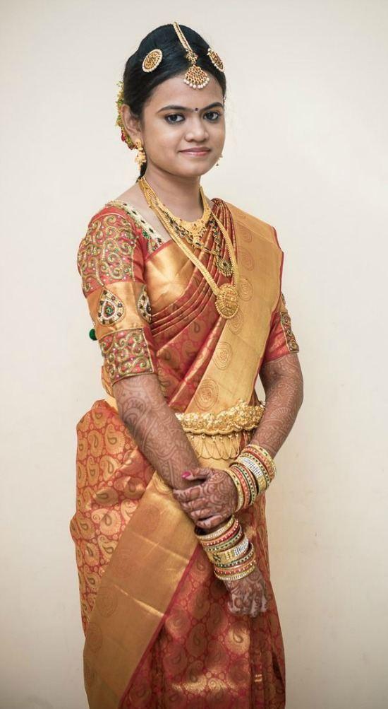 Hindu Bride Wearing Elbow Lenght Aari Work Blouse With Pattu Saree