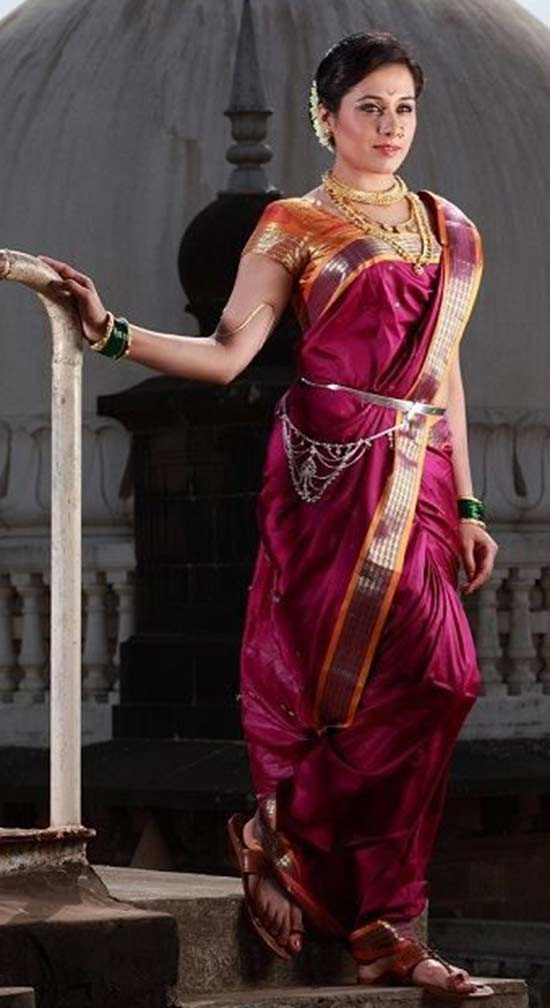 Tejaswini Lonari marathi actress In Maoron Color Nauvari Saree
