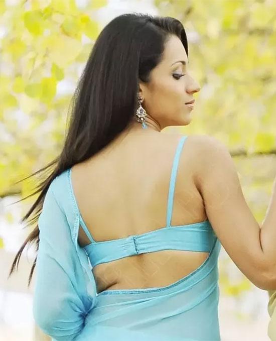 Trisha In Blue Saree