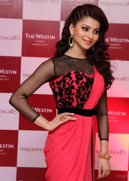 Urvashi Rautela In Dark Pink Saree