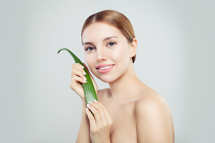 How To Use Aloe Vera for Skin Lightening