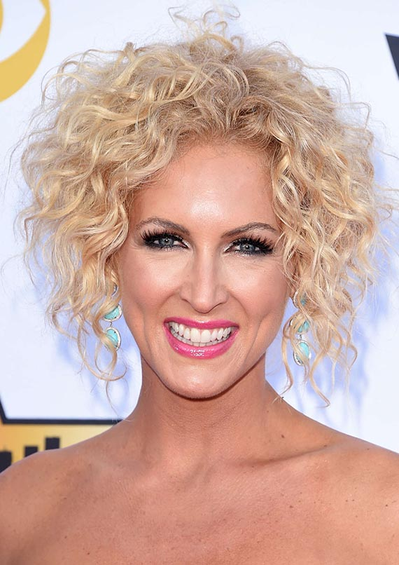 Kimberly Schlapman Short Curly Blonde Hair