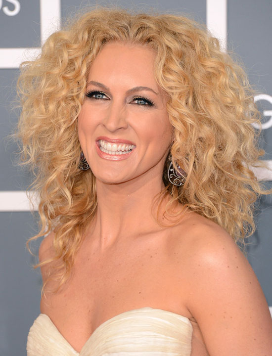 Kimberly Schlapman Shoulder Length Curly Hairstyle
