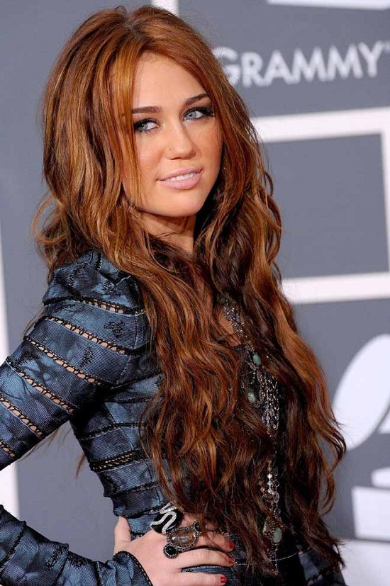 miley cyrus curly hair