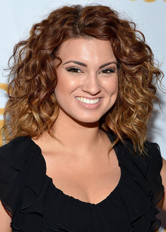 tori kelly curly hair
