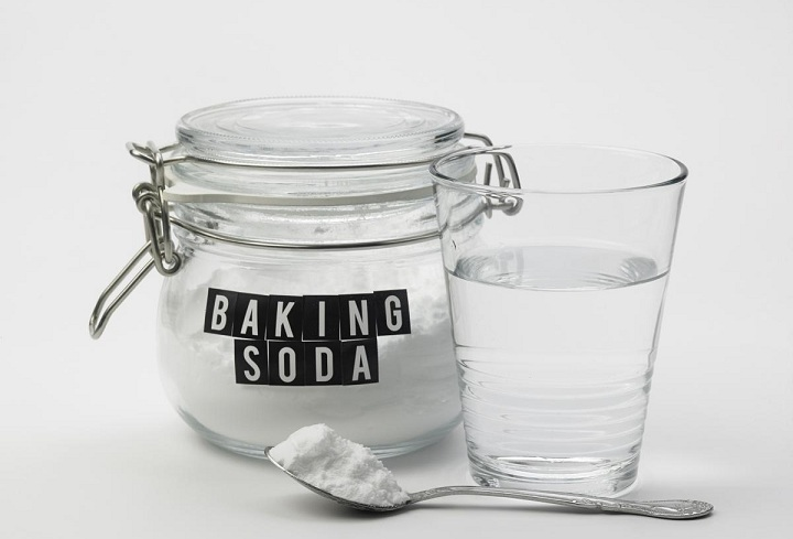 baking soda and water for dark elbows