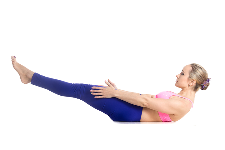 half boat pose for weight loss