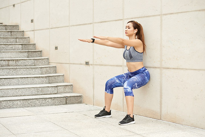 wall squats for pelvic floor
