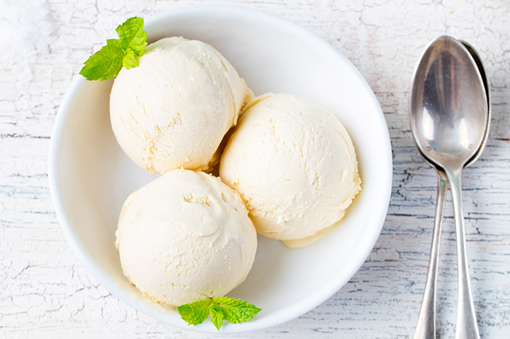 vanilla maple syrup ice cream