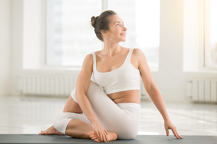 seated spinal twist for scoliosis