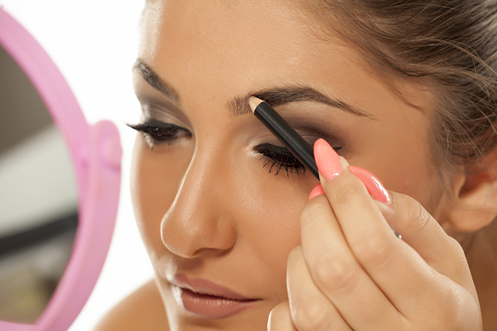 how to use eyebrow pencil