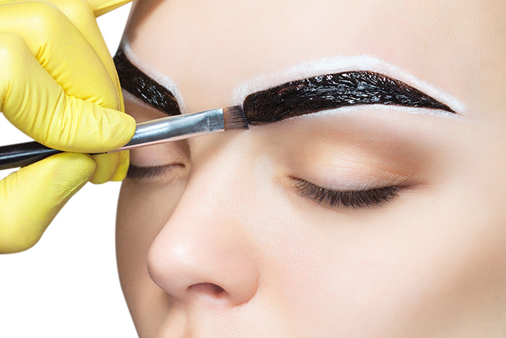 how to use hair dye on my  eyebrows