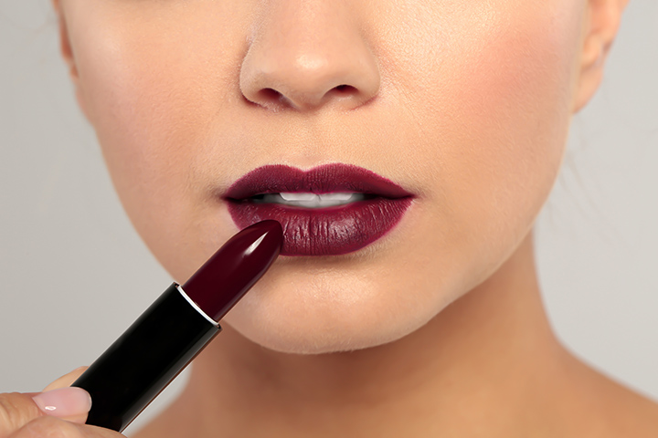 Select the Lip Color Wisely