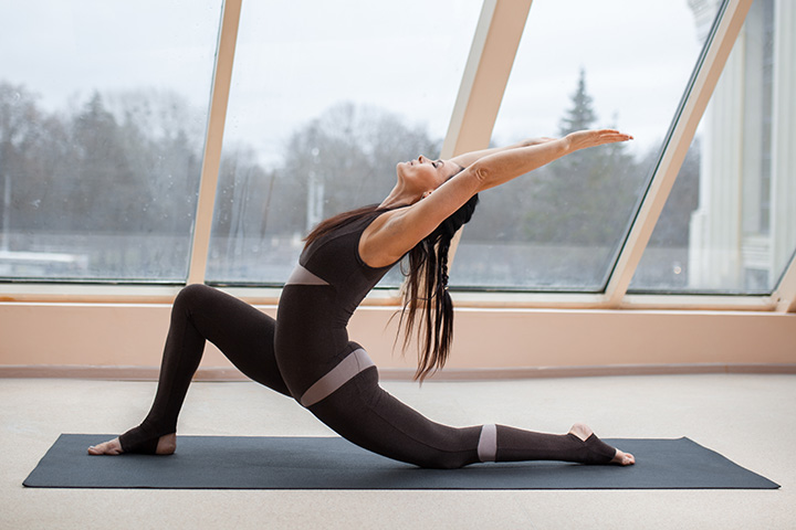 crescent lunge for buttocks